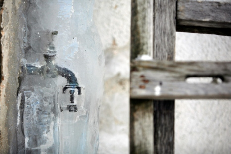 Avoid problems and expenses associated with frozen faucets by reading the following tips.